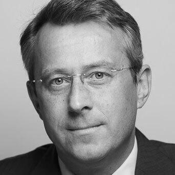 ortrait von Prof. Dr. Hubert Röder (schwarz-weiß)