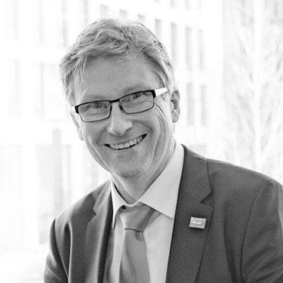 Portrait von Dr. Holger Bengs (schwarz-weiß)