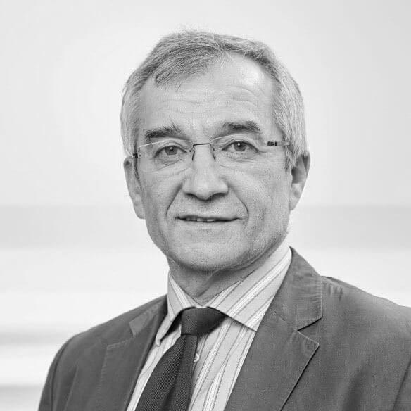 Portrait von Dr. Thomas Kaufmann